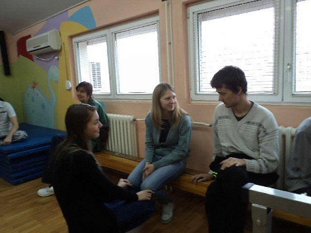 Gimnazijalci u poseti DB Diljska