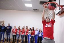 Javni čas fizičkog i donacija Blic-a u DB Šekspirova