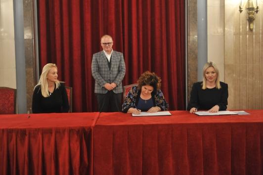 Potpisani  Posebni kolektivni ugovori sa gradskim ustanovama socijalne zaštite, prvi posle 30 godina